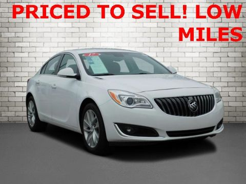 Pre-Owned 2017 Buick Regal Premium II With Navigation