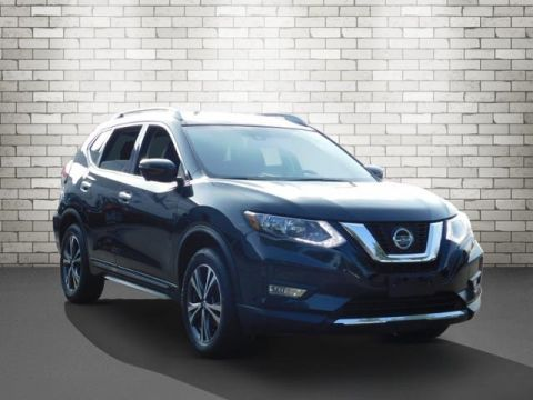 Certified Pre-Owned 2018 Nissan Rogue SL With Navigation & AWD