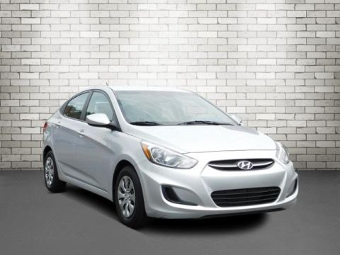 Pre-Owned 2017 Hyundai Accent SE FWD 4D Sedan